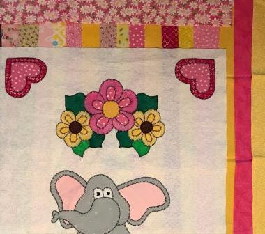 Sweet elephant quilt with border strips