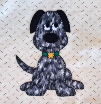 Dog applique by Ms P Designs USA