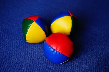 Color Juggle Colorful Juggling Balls Yellow Balls