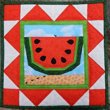 Summer picnic mini quilt by Ms P Designs USA