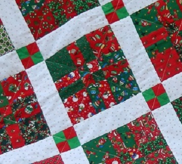 Sharon's 4-patch Christmas quilt close-up view; Ms P Designs USA