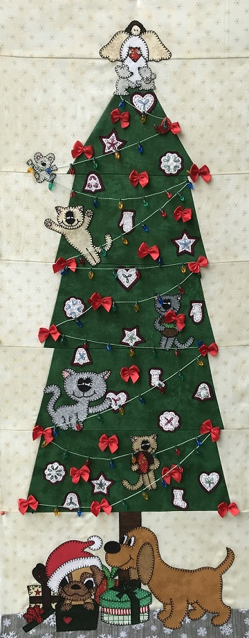 Under the Christmas Tree MHP RAL 2018 by Ms P Designs USA