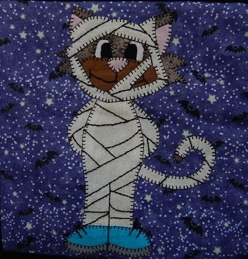 Mummy Cat by Ms P Designs USA