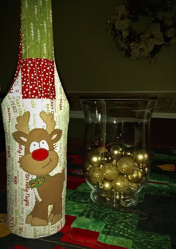 Rudolph Wine Tote by Ms P Designs USA