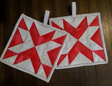 Double Arrow Hot Pads by Ms P Designs USA